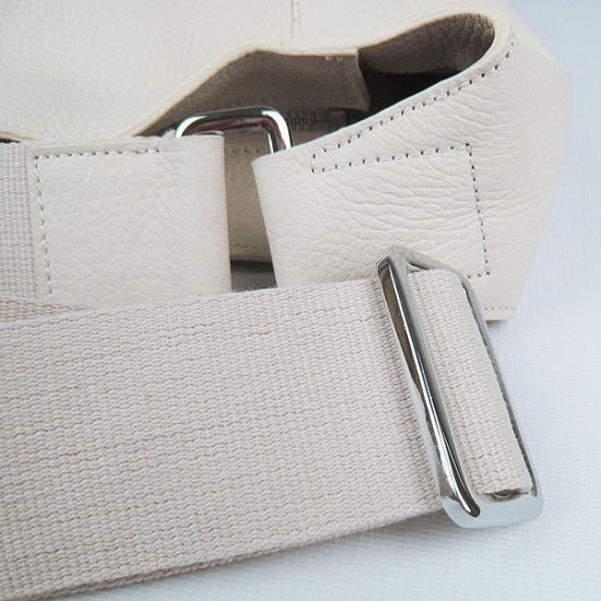 Hermes Handbags Picotin H2801 Beige Cowskin Leather Silver Hardware Bag - Click Image to Close